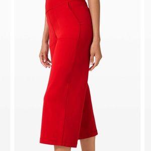 Lululemon cropped red yoga pants